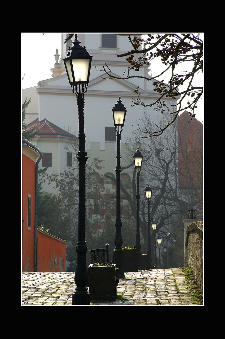 Babics László::lámpasor