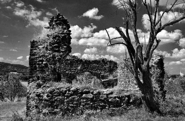 Nemes Zoltán::(32 Halott kő, halott fa (Szentbékkálla-Töttöskál)