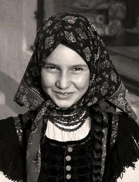 (1) Széki mosoly (Szék, Erdély 1977)