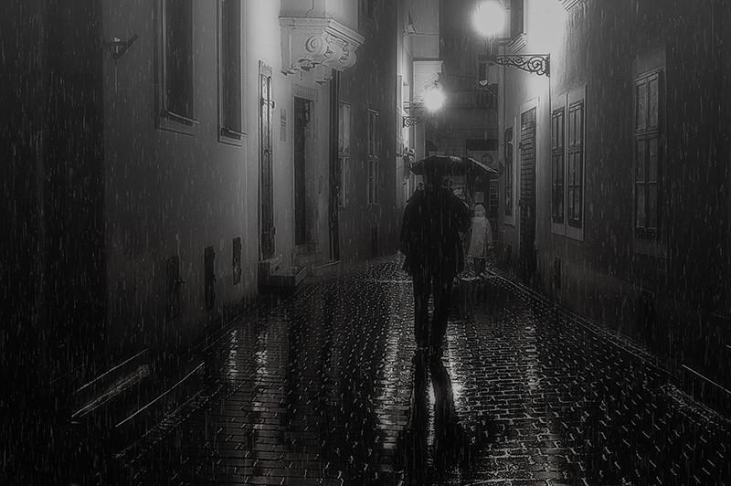 Esős este