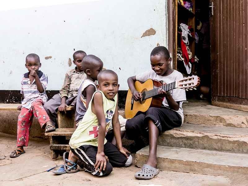 Stipsits Ibolya::Orphans music
