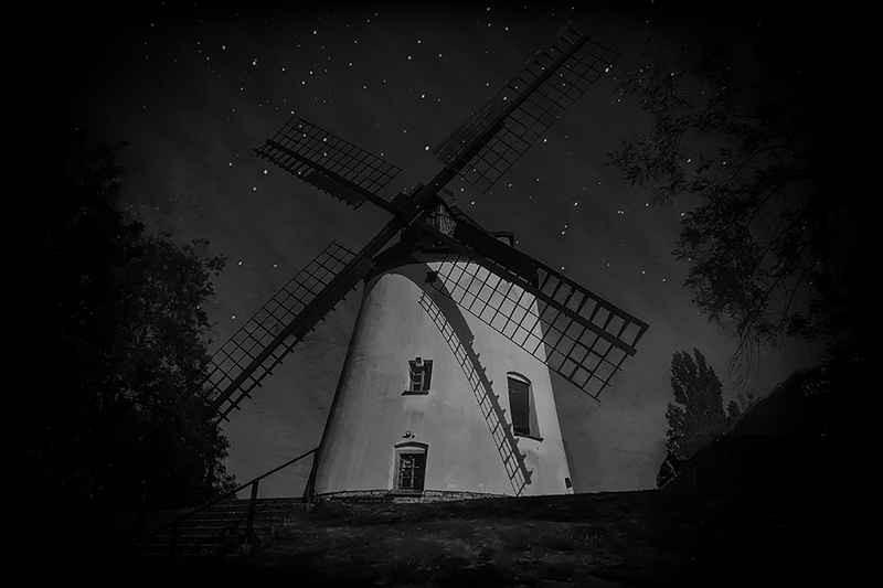 Stipsits Ibolya::Mill