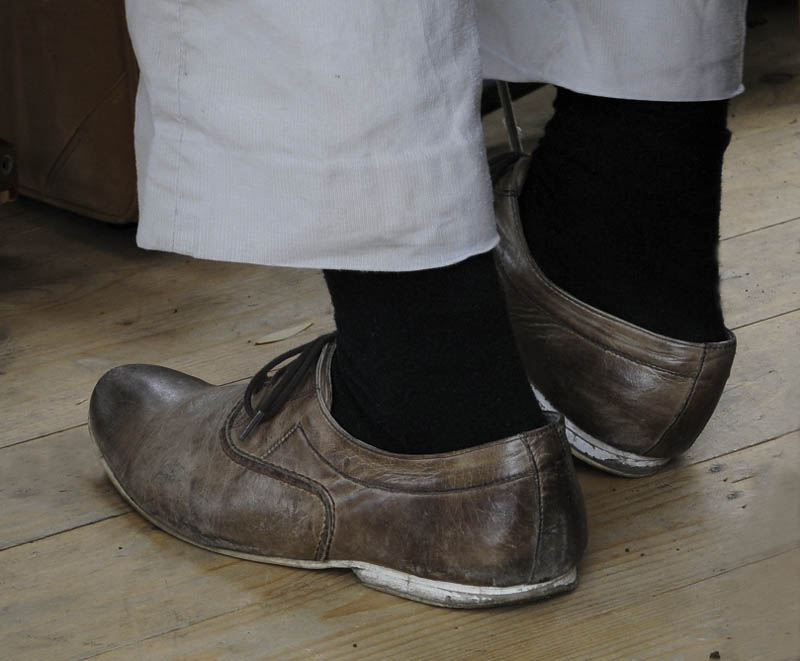 A művész úr cipője